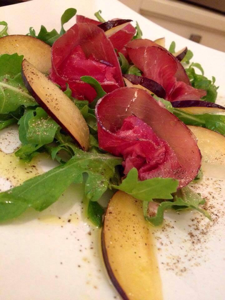 Bresaola di toro prugne zoom cucina for Cucina antipasti